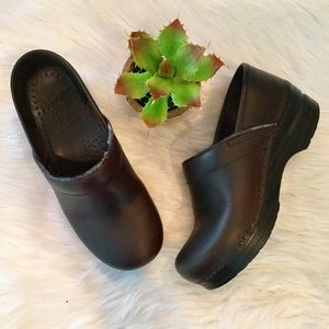 Dansko Professional Brown Leather Clogs, 36